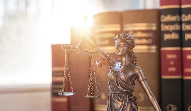 Аутсорсинг юридических услуг – это выгодно