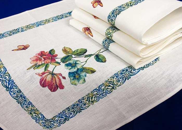 Столовое бельё – льняные скатерти, полотенца