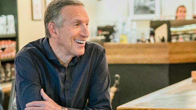Человек, который сделал Starbucks сверхдержавой промышленности, уходит в отставку