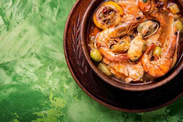 Суп и свежих морепродуктов