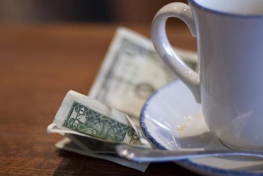 Чаевые как показатель профессионализма официанта