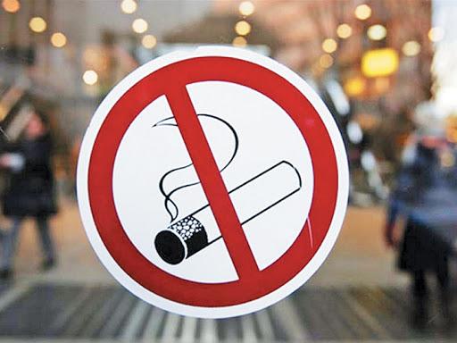 Две трети клиентов ресторанов против запрета курения в местах общественного питания